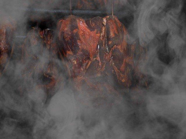 Domácí nakládání uzeného masa
